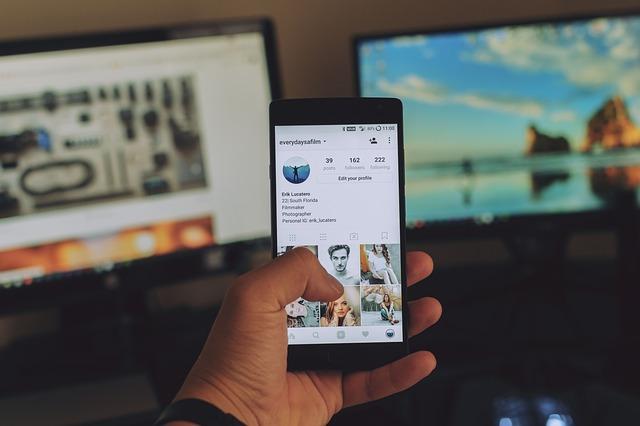 personne sur instagram
